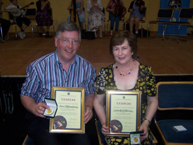 KathleenOBrien+JackeyHennessy Gaeilge Award2013-1200x900